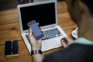Interne Apps über Apple Business Manager verteilen